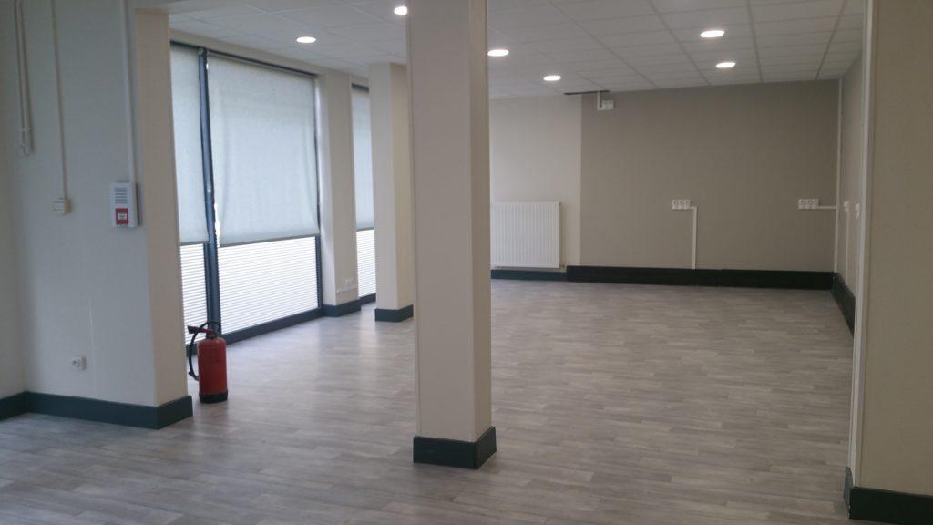 atelier_construction_maitre_oeuvre_bourg_erp_professionnel_marche_public_renovation_local_commercial_interieur_neuf