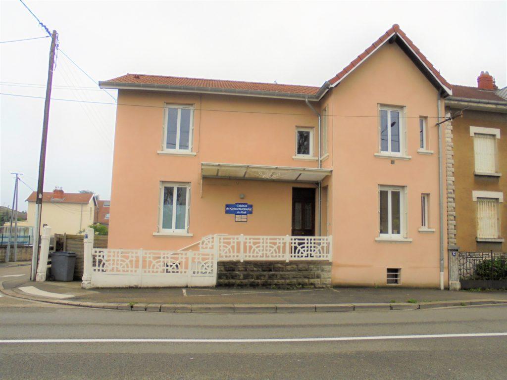 atelier_construction_maitre_oeuvre_bourg_erp_professionnel_marche_public_renovation_facade