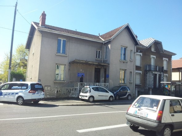 atelier_construction_maitre_oeuvre_bourg_erp_professionnel_marche_public_renovation_facade_travaux