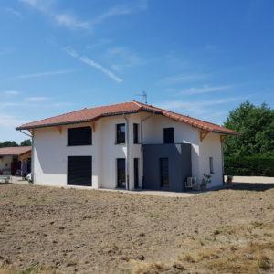 Vaste Villa Bourg-en-Bresse